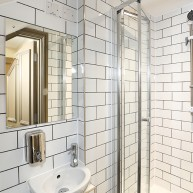 30 Harborne Road shower room 72dpi